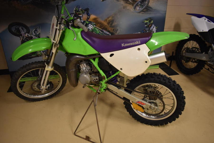 1997 KX100  KM9023 - Click for larger photo