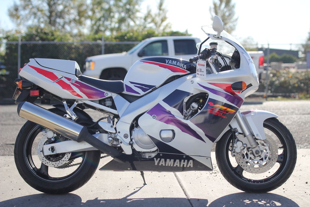 1996 YZF 600   002176 - Click for larger photo